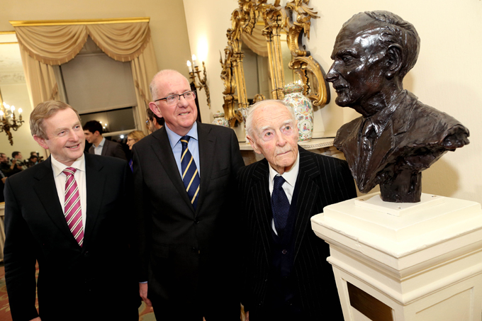 On 12 November, the Minister for Foreign Affairs and Trade, Mr Charlie Flanagan T.D., hosted a special event at his Department's headquarters, Iveagh House, to mark the 30th anniversary of the signing of the Anglo Irish Agreement on 15 November 1985.