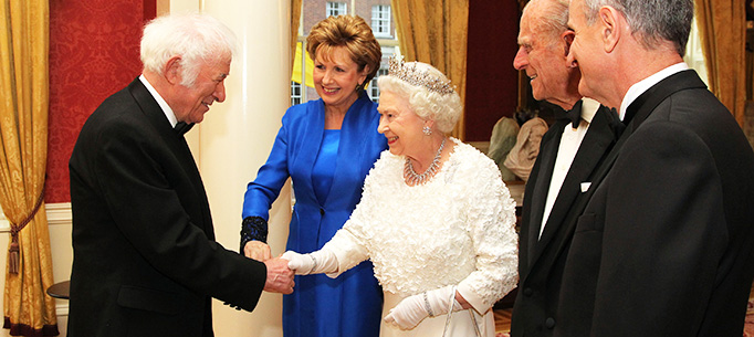 Photo shows from left  Irish Poet, Seamus Heaney ;  President Mary McAleese ;  Her Majesty Queen Elizabeth ; HRH Duke of Edinburgh ; Dr Martin McAleese before the State Dinner in Dublin Castle while on the second day of State Visit to Ireland.